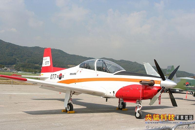 kt-1初级教练机